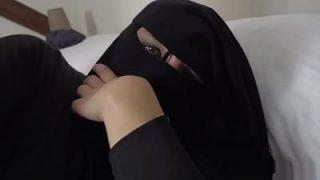 سكس سعودي جديد نيك منقبة سعودية تتناك بالنقاب نيك صعب