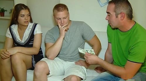 نيك مقابل المال
