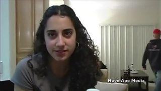 افلام سكس لبنانية فتاة عربية لبنانية مثيرة تتناك من حبيبها فى منزله