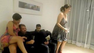 سكس تبادل زوجات شباب اخوات ديوثيين ينيكو زوجاتهم بالتبادل